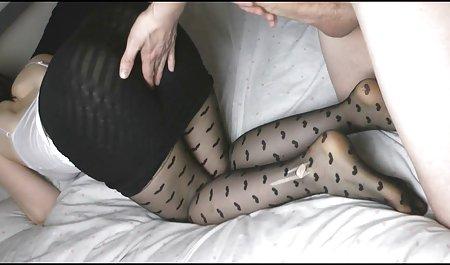 વેલ્શ મોટા Boobed પોર્ન સ્ત્રીઓ સ્ટાર Sophie ડી સાથે એક આંગળી કઠણ માં Sneakers!
