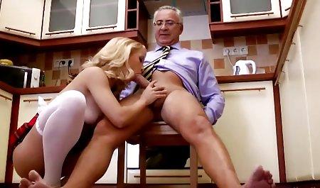 મસાજ કલાપ્રેમી સુંદરતા તેના masseur સેક્સ પુખ્ત એબીસ