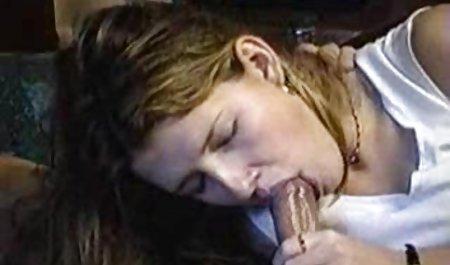 Kiara હોટ સેક્સ જુઓ પોર્ન પુખ્ત સ્ત્રીઓ બતાવે છે લેસ્બિયન્સ આમિર