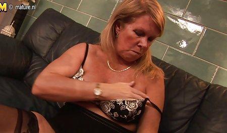 Mommy અને સુંદર નહીં લોડો માટે પુખ્ત મહિલા એરોટિકા ચોરી