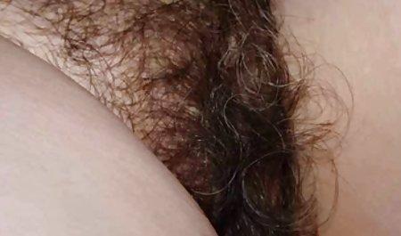 વિશાળ-boobed પુખ્ત સ્ત્રીઓ porn મોટી સુંદર મહિલા છે અને તેના pussy સાથે ભરવામાં લોડો